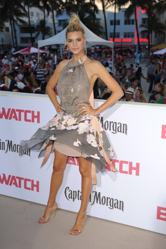 Kelly Rohrbach on the Red carpet