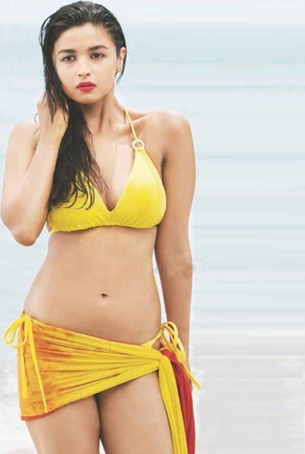 A sensational picture of Alia in yellow bikini making the sun burns