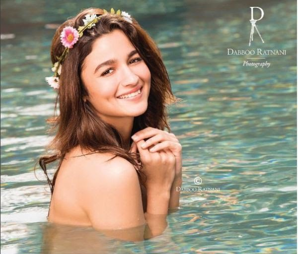 Marvelous smile of Alia Bhatt in daboo ratani photoshoot