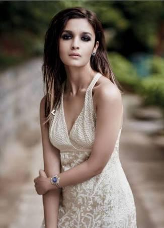 The sensational Alia Bhatt looking stunning